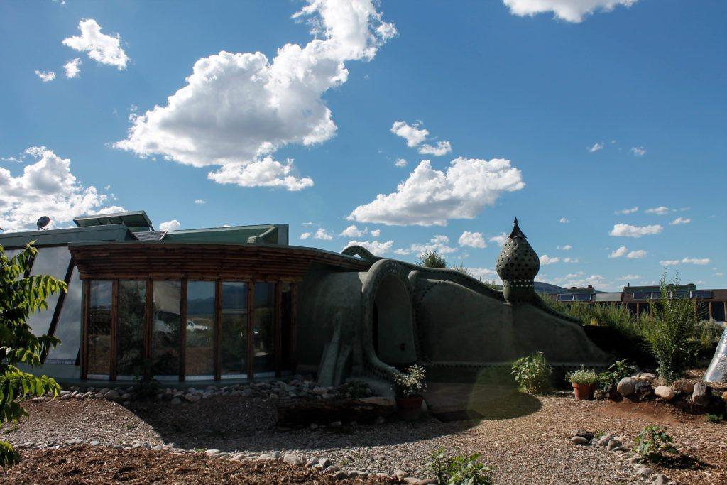 Earthships hobbit house
