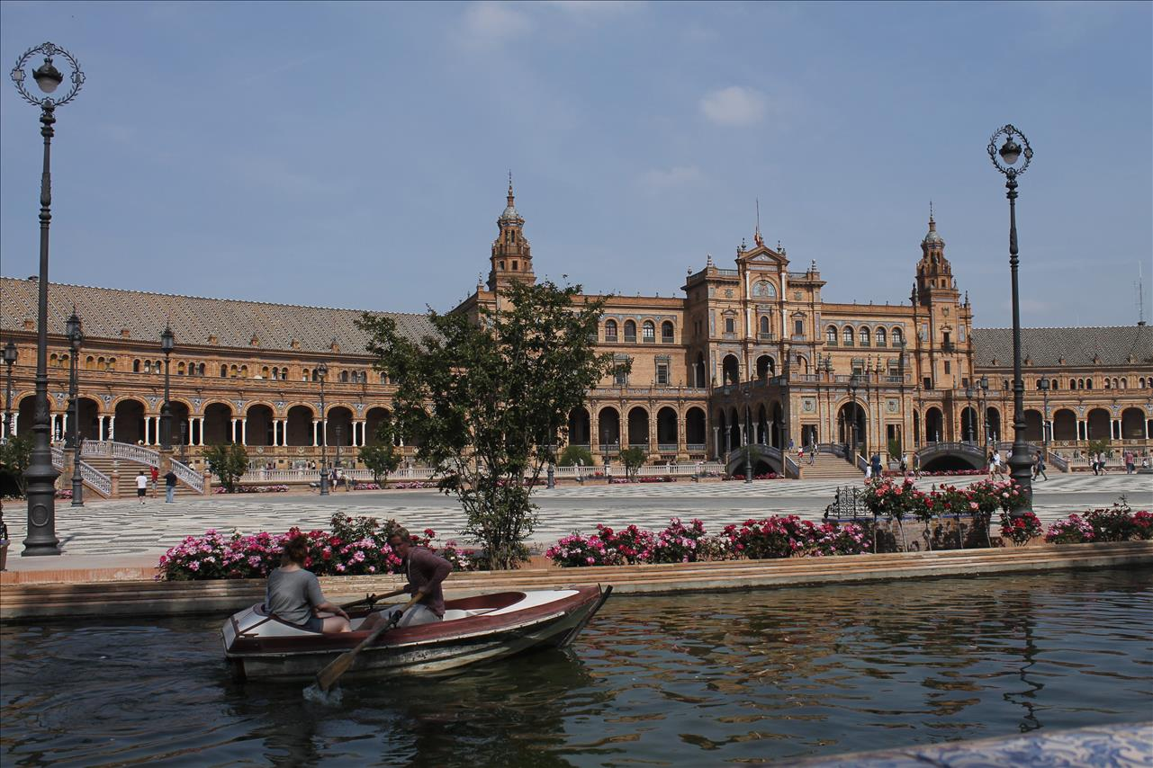 Visiting Sevilla as an auxiliar de conversación