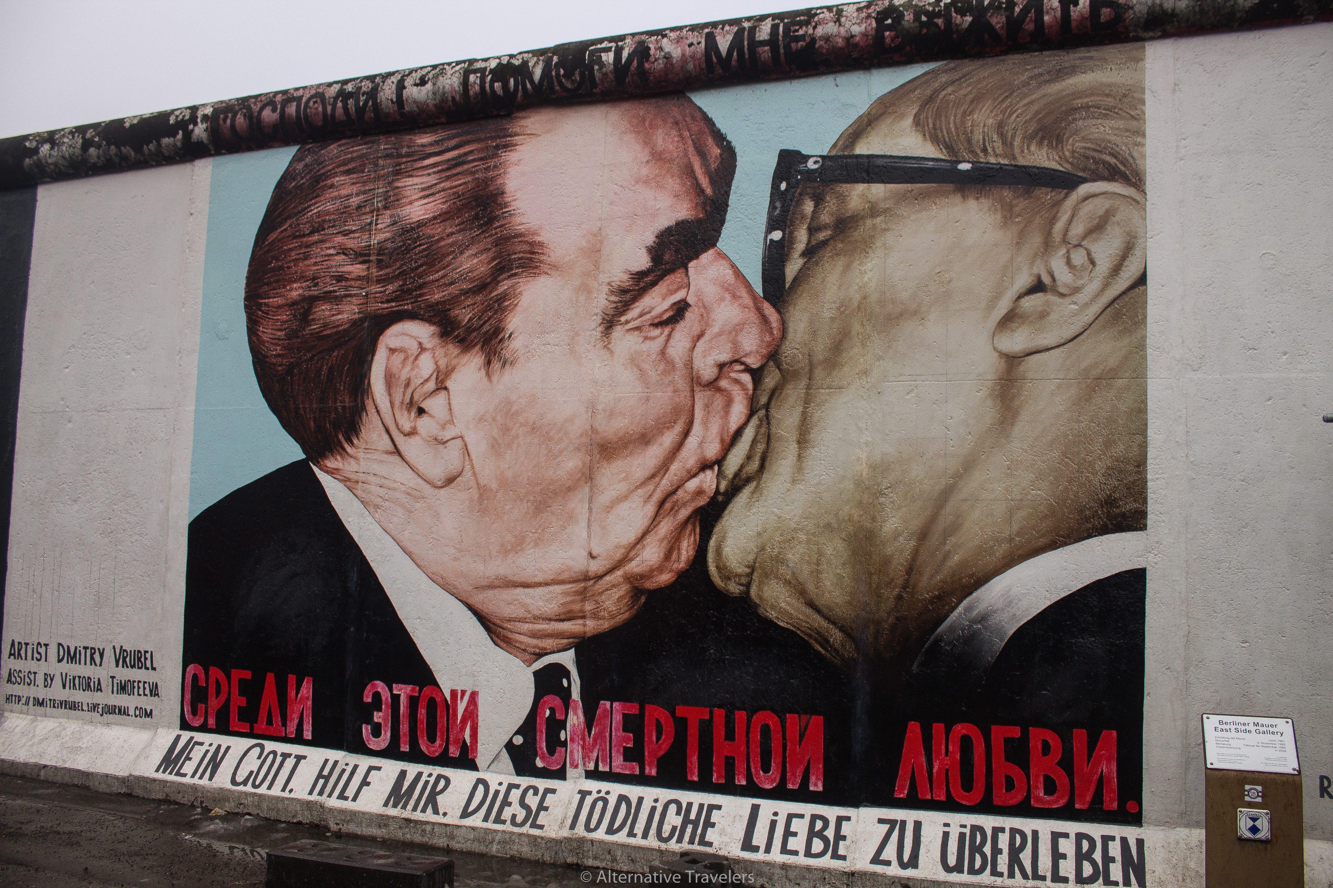 Kissing Mural on Berlin Wall | AlternativeTravelers.com