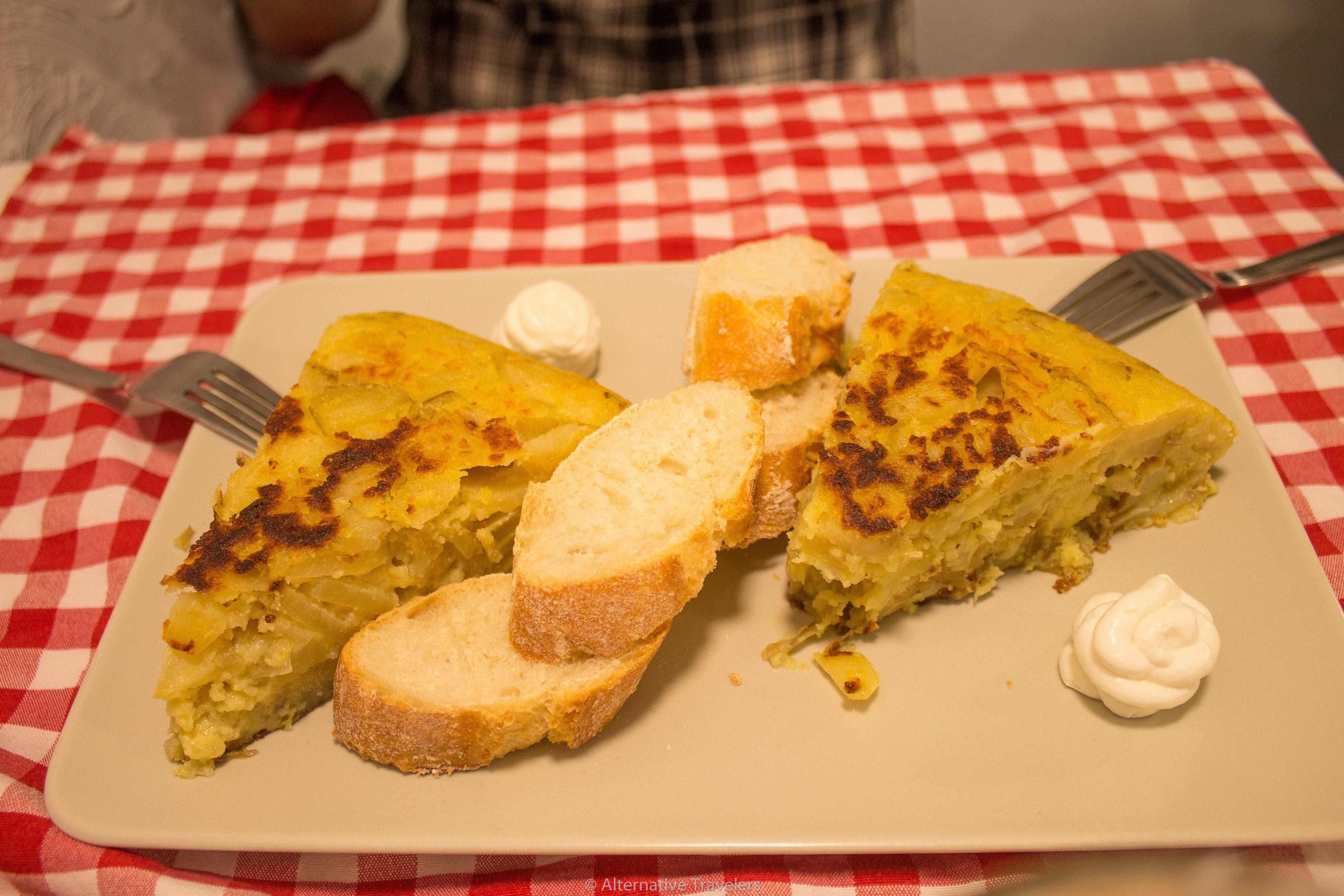 Best Vegan Tortilla in Madrid - Distrito Vegano | AlternativeTravelers.com
