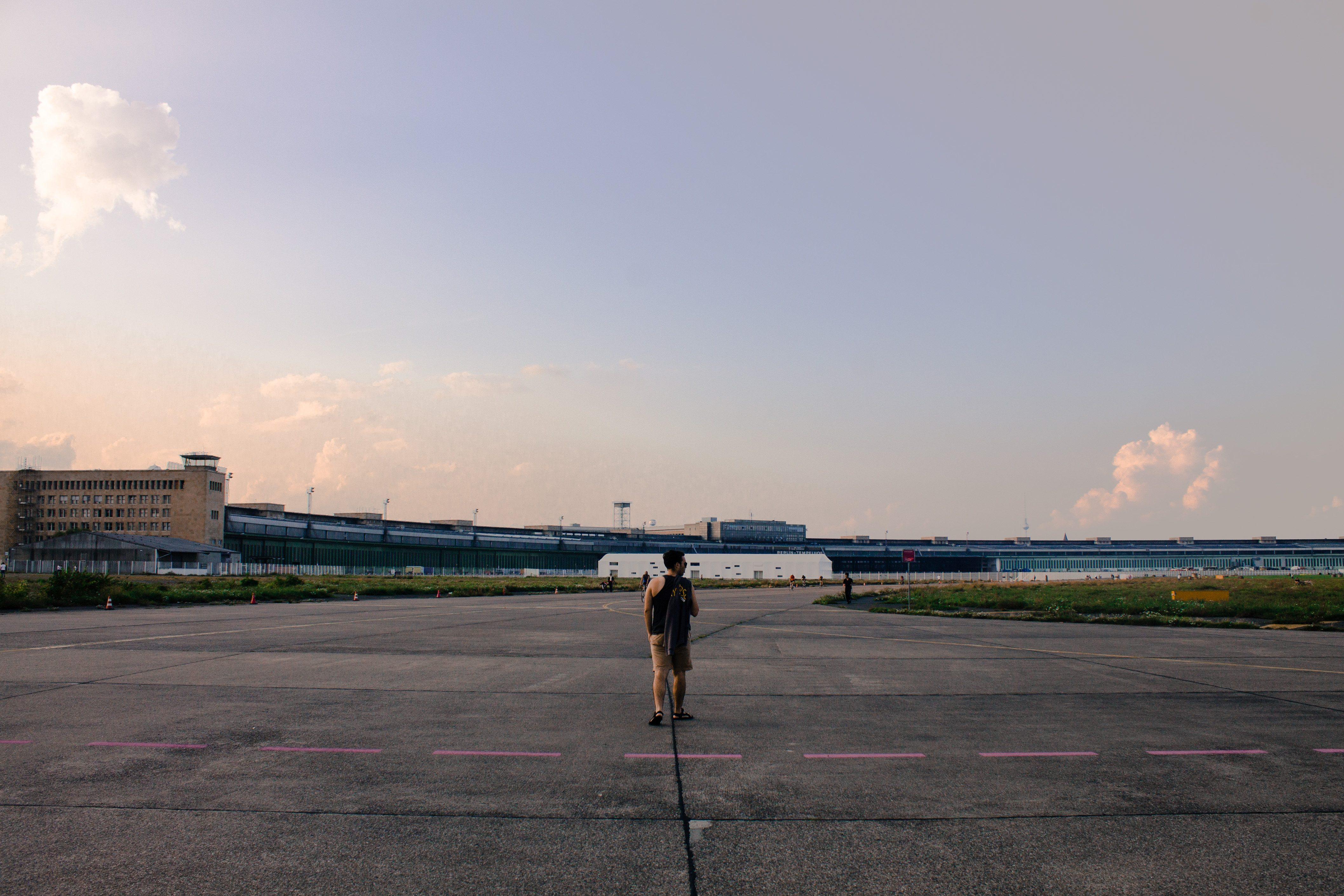 Tempelhofer Feld in Summer | AlternativeTravelers.com